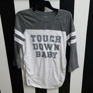Motherhood Maternity Graphic Shirt Size Medium ♡